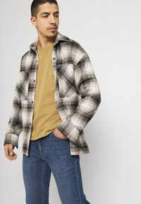 Lee - RIDER - Jeans slim fit - blue denim - 3