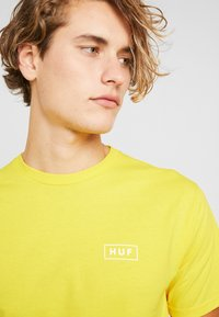 HUF - ICE CREAM TEE - Print T-shirt - yellow - 3