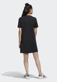 adidas Originals - ADICOLOR SPORTS INSPIRED REGULAR DRESS - Sukienka letnia - black/white - 2
