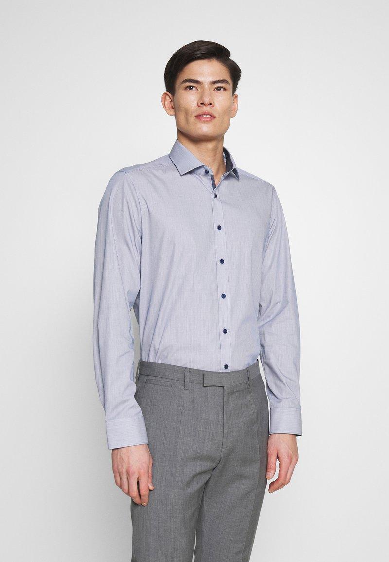 OLYMP Level Five - OLYMP LEVEL 5 BODY FIT - Formal shirt - marine