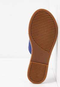 Tamaris - SLIDES - Mules - royal - 6