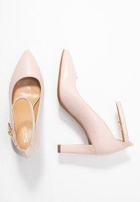 MICHAEL Michael Kors - MILA ANKLE STRAP - Classic heels - nude - 3