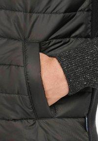 Barbour - Waistcoat - black - 4