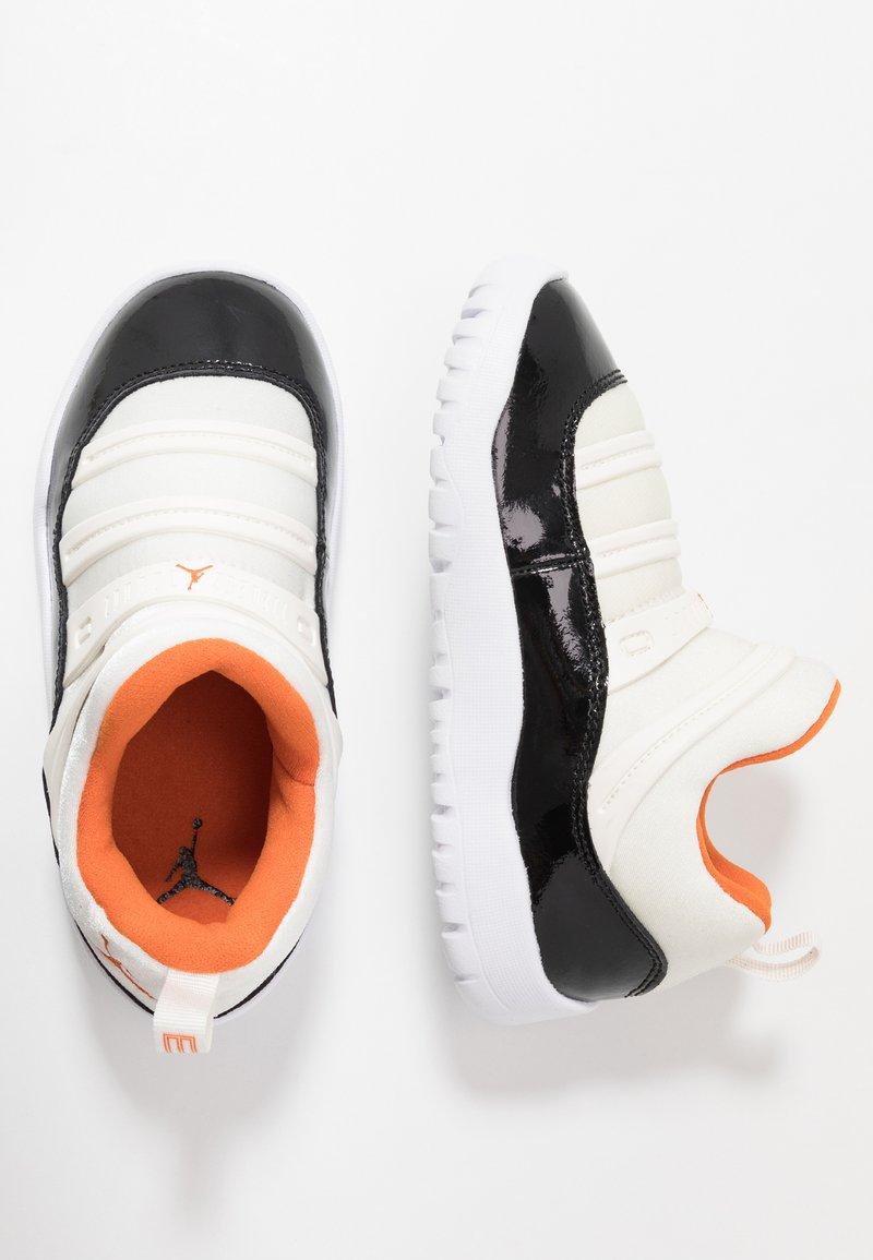 Jordan - Basketbalové boty - sail/starfish/black