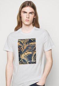 Michael Kors - PALM BLOCK TEE - Print T-shirt - midnight - 3