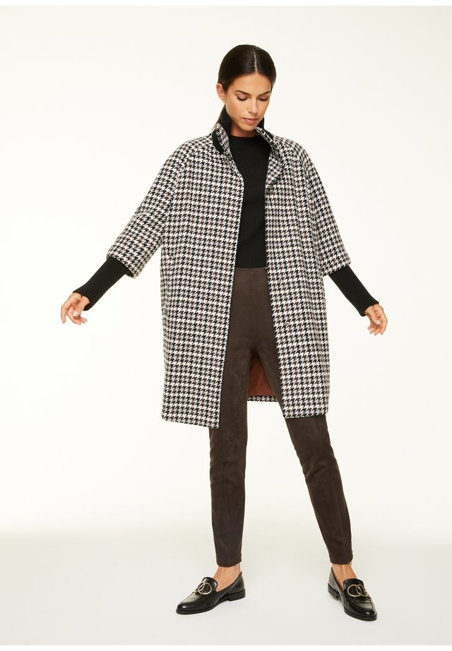 Classic coat - black camel houndstooth