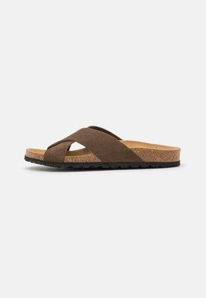 ONLMADISON LEATHER SLIP ON - Domácí obuv - olive