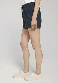 TOM TAILOR DENIM - Shorts - sky captain blue - 3