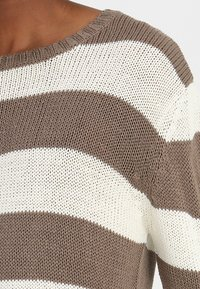 Urban Classics - STRIPED - Jumper - beige/offwhite - 5