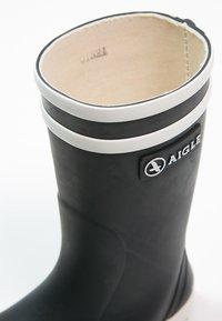 Aigle - LOLLY POP - Stivali di gomma - marine/blanc - 5