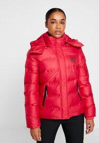 Superdry - KOANDA PUFFER JACKET - Skijakker - raspberry red - 0
