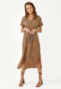 Aaiko - ANDE DOT - Shirt dress - dune dessin - 1