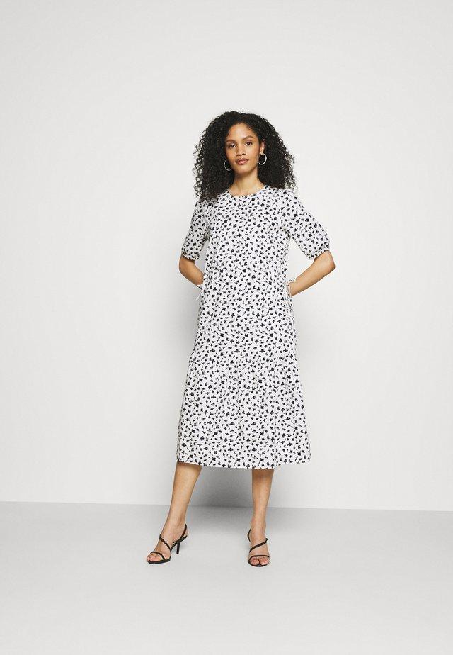 DRESS - Vapaa-ajan mekko - off-white