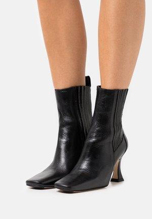 BILLA - Kotníkové boty - dolomite grey
