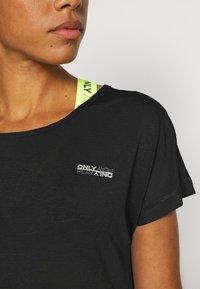 ONLY Play - ONPADELIA TEE - Camiseta estampada - black - 5
