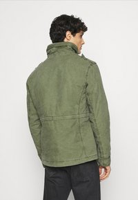 Superdry - CLASSIC ROOKIE JACKET - Light jacket - army - 2