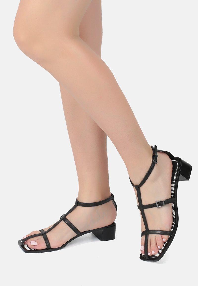 Ekonika - Sandals - black zebra