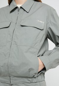 CLOSED - ANOUK - Summer jacket - dusty pine - 4