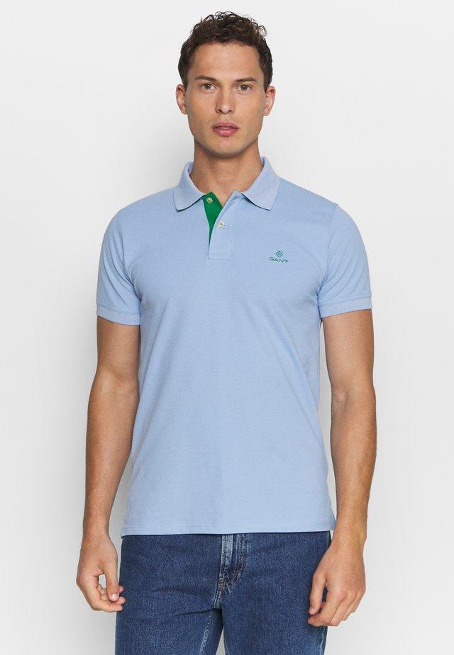 CONTRAST COLLAR RUGGER - Polo shirt - blue bell