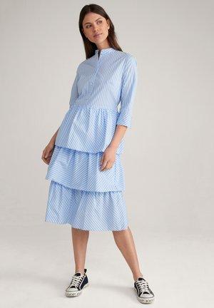Shirt dress - blau/weiß gestreift