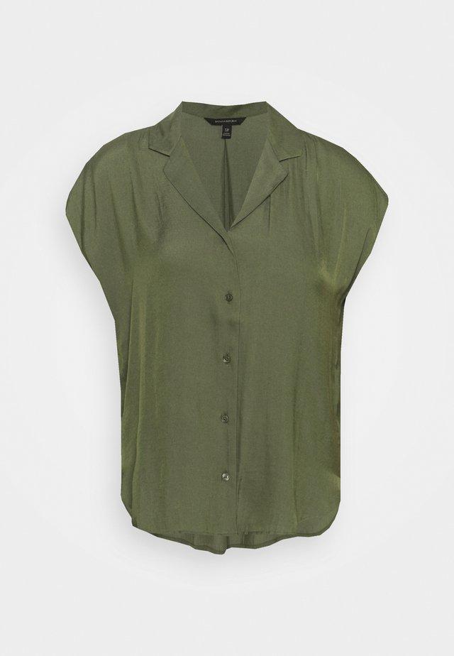 RESORT COLLAR - Bluse - khaki