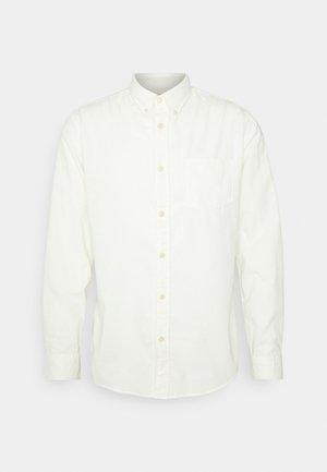 SLHSLIMOSCAR - Camisa - egret