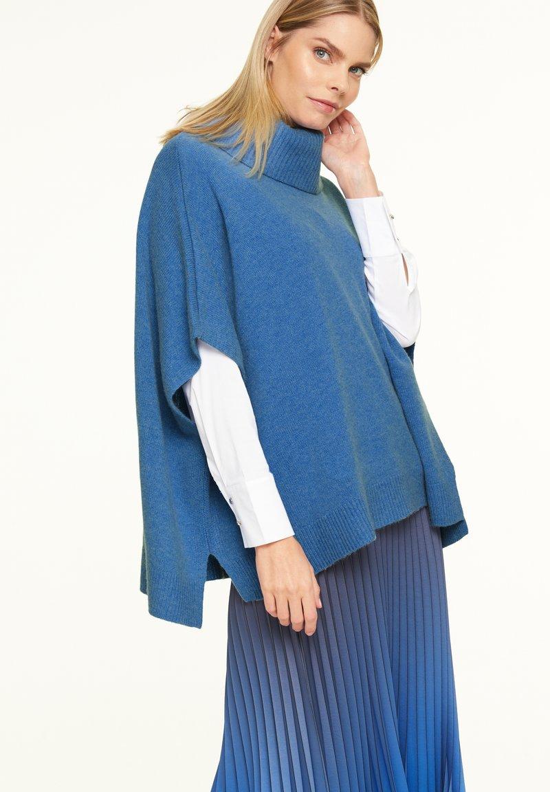 comma - Cape - blue melange