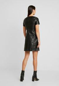 ONLY - ONLMAJKEN JOLEEN DRESS - Vestido informal - black - 3