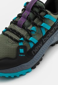 New Balance - SHANDO - Scarpe da trail running - green - 5