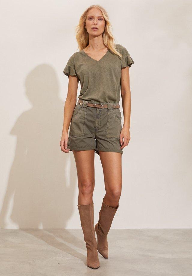 Shorts - faded cargo