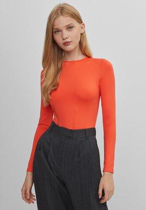 MIT FREIEM RÜCKEN - Body - orange