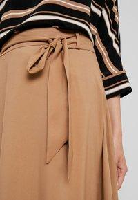 More & More - A-line skirt - caramel - 4