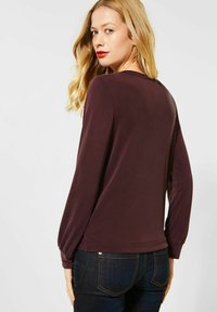 Street One - MIT SILK LOOK - Long sleeved top - rot - 1