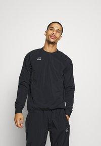 Nike Performance - MIDLAYER CREW - Sports jacket - black/silver - 0