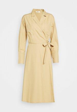 CHARLIE WRAP DRESS - Maxi dress - croissant