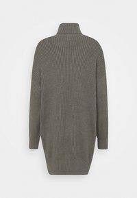Missguided Tall - PREMIUM BOYFRIEND ROLL NECK DRESS - Strikket kjole - grey - 1
