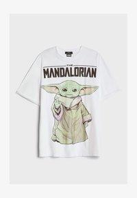 Bershka - THE MANDALORIAN - Print T-shirt - nude - 4