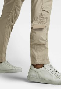 G-Star - STRAIGHT TAPERED  - Cargo trousers - light toggee - 3