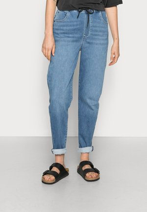 GISELLA - Relaxed fit jeans - mid blue sporty