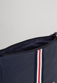 TOM TAILOR DENIM - RIMINI - Bandolera - dark blue - 5