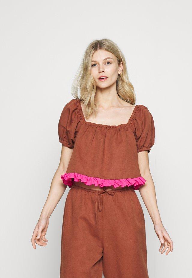 ALEXA CROP - Maglia del pigiama - medium brown