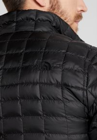 The North Face - THERMOBALL ECO JACKET - Winter jacket - black - 6