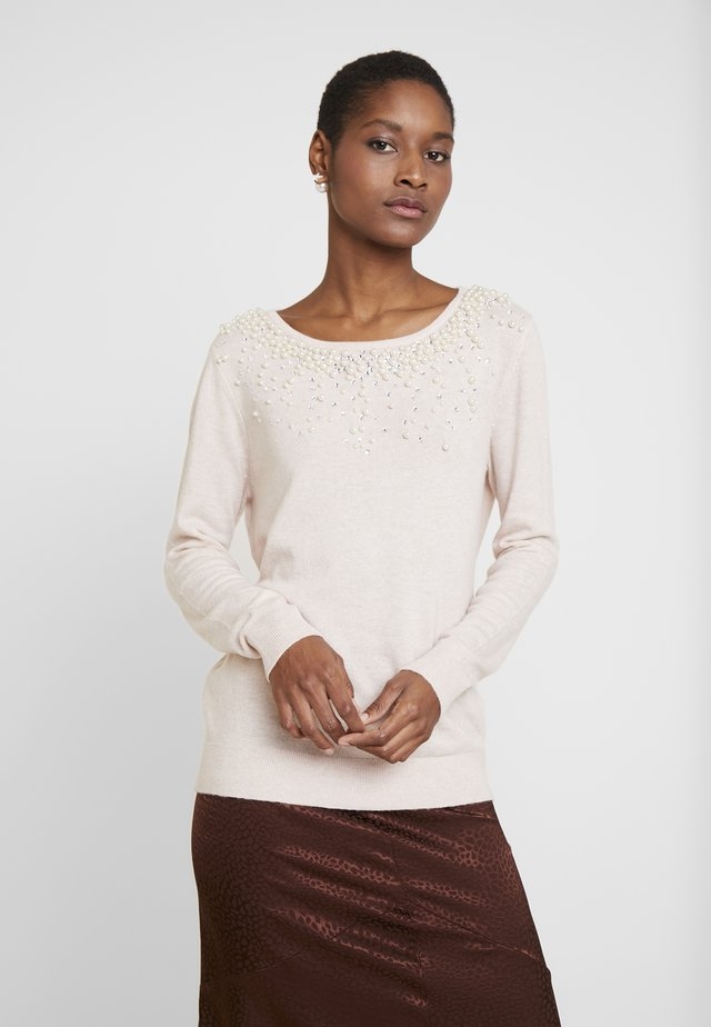 PEARL SCATTER NECK - Sweter - blush