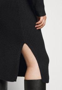 Pieces Curve - PCDISA MOCK NECK DRESS CURVE - Jumper dress - black - 5