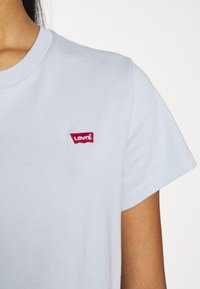 Levi's® - PERFECT TEE - Basic T-shirt - pearl gray - 6