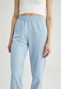 DeFacto - Pantalon de survêtement - blue - 3