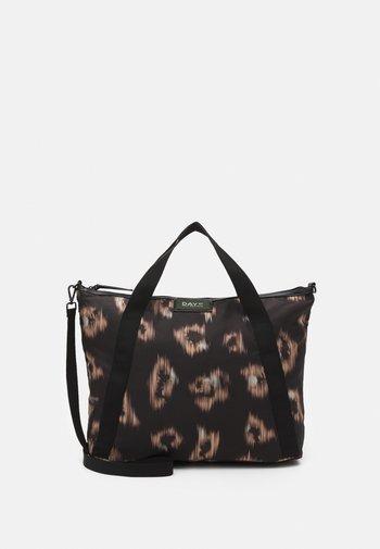 GWENETH IKAT CROSS - Tote bag - black