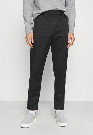 SLHSLIM TAPEREPTON FLEX PANTS  - Chinos - black