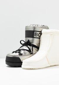 Bogner - TROIS VALLEES  - Zimní obuv - silver/black - 7