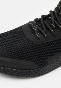 YOURTURN - UNISEX - Sneakers basse - black - 5